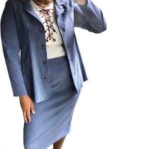 Vintage Blue faux suede skirt set - size M